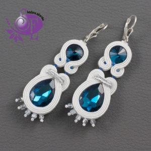 Niebiesko-białe kolczyki ślubne