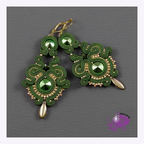 Kolczyki sutaszowe z kryształami