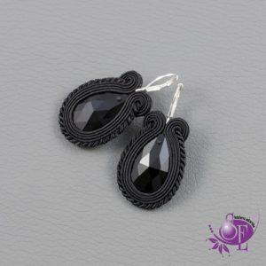 Czarna biżuteria sutasz