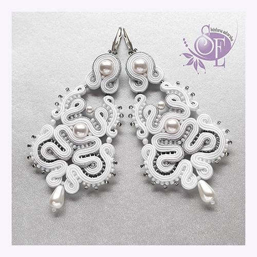 Kolczyki ślubne białe