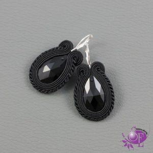 Czarne kolczyki